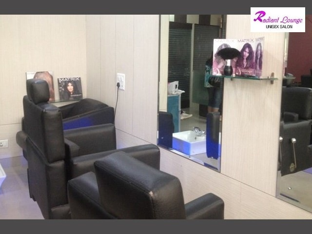 Radiant Lounge Unisex Salon-Get Matrix Hair Spa in Rs.249