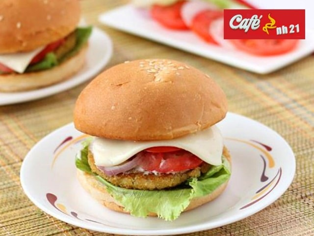 Cafe NH 21 Kharar- Get 1 Aloo Tikki Burger in Rs. 29 Only ( Taxes Included )