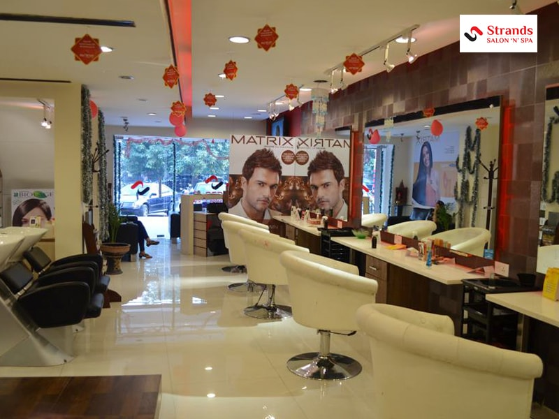 Strands Lite :Rs.99 for HairCut, HairWash & Basic Blow Dry for Men worth Rs.175