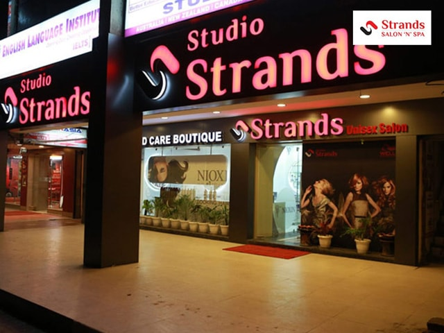 STRANDS SALON Patiala