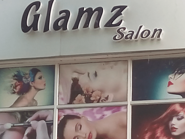 Glamz Salon Phase 10 Mohali - Get Back Massage + Scrubbing in Rs. 599 Only