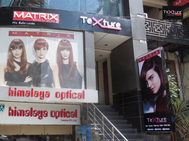 Texture Salon Spa Amritsar- Get Hair cut + Blow Dry and Wash for men in Rs.149 only