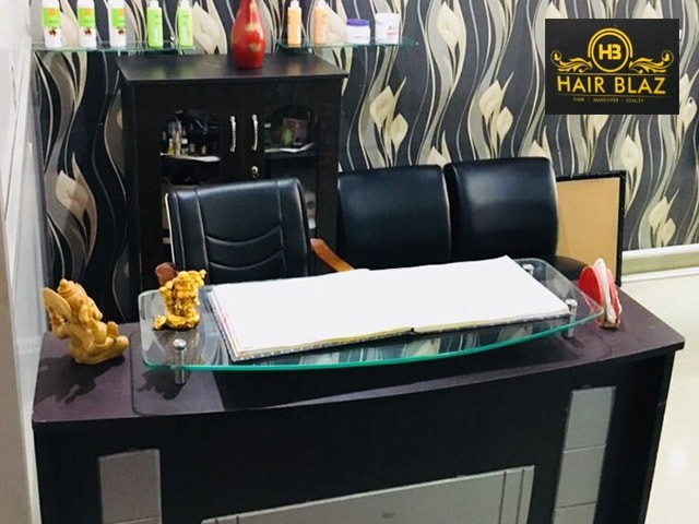 Hair Blaz Salon  VIP Road Zirakpur- Get Your Favorite Look With Amazing Party Makeup Deals