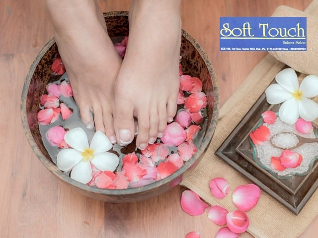 Soft Touch Unisex Salon Panchkula - Get The Best Discount Offer Manicure & Pedicure Service