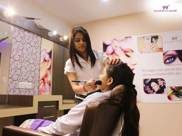 99 Salon Chandigarh