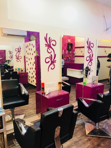 Masters Salon Mohali - Get Ready For Summer with an Amazing Discount On ladies haircut