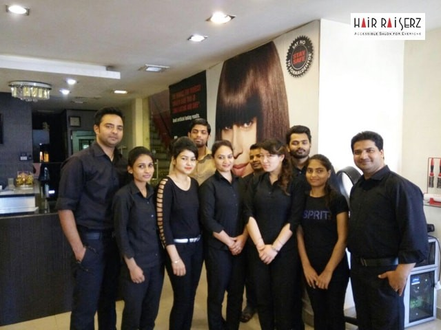 Hair Raiserz Phase 5 Mohali - Get A New Look With Awesome Discount Offers on Beauty Services