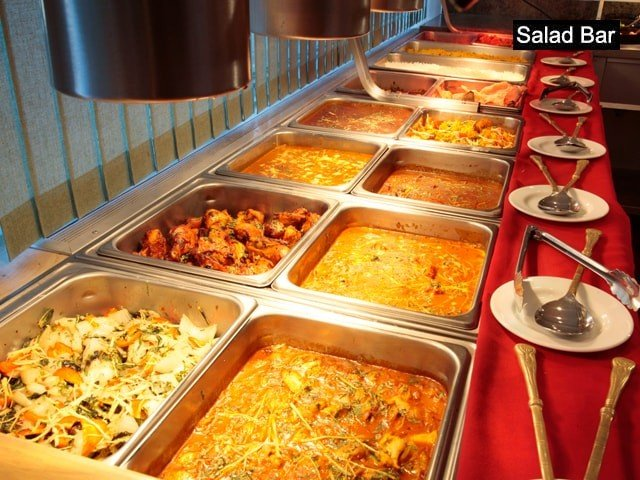 Salad Bar and Restaurant Chandigarh- Veg/ Non-Veg Lunch/ Dinner with Fresh Lime Water in Rs.449 Only