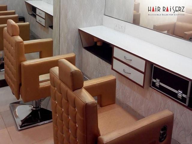 Hair Raiserz sector 32
