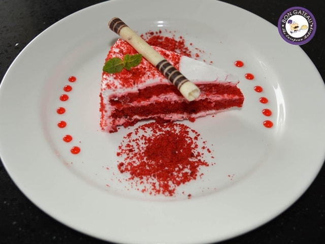 Bon Gateau Amritsar- Buy 2 pastries and get 1 pastry free