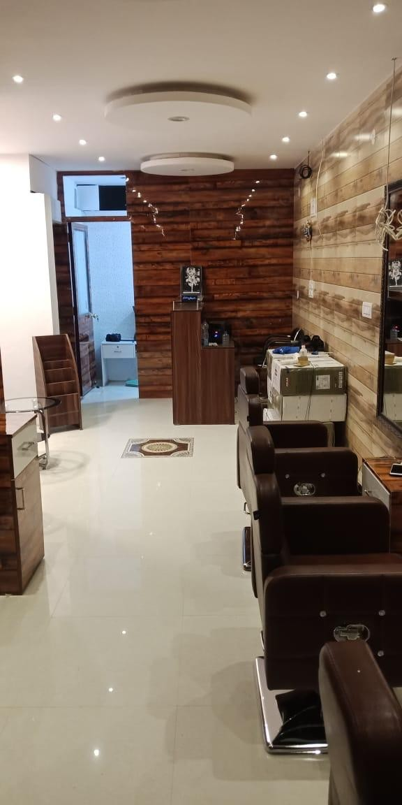 Jukero Unisex Salon Mohali- Get Any 10 Beauty Services in Rs. 999