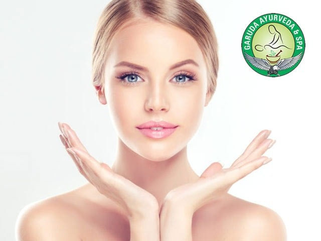 Life Line Spa Chandigarh- Get Amazing Discount On Face Moisture Therapy
