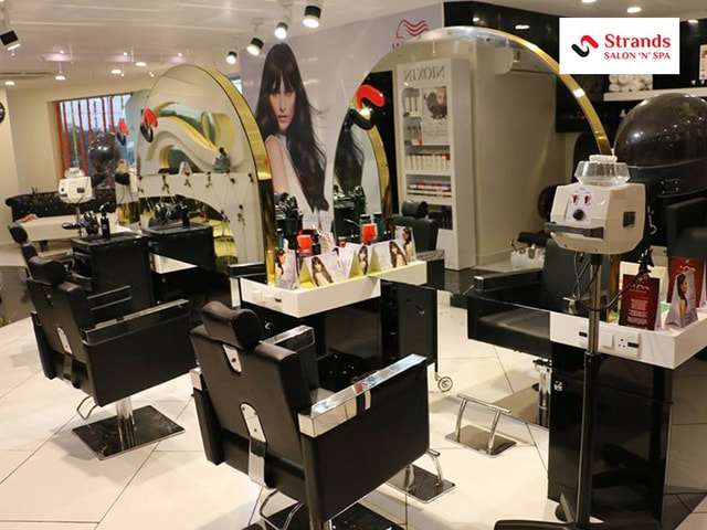 Strands Salon 'n' Spa Chandigarh - Get Premium Hair Spa  in Rs.1699 Only