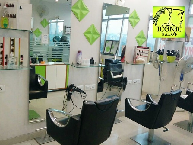Iconic Unisex Salon - Amazing offer on Beauty  Services