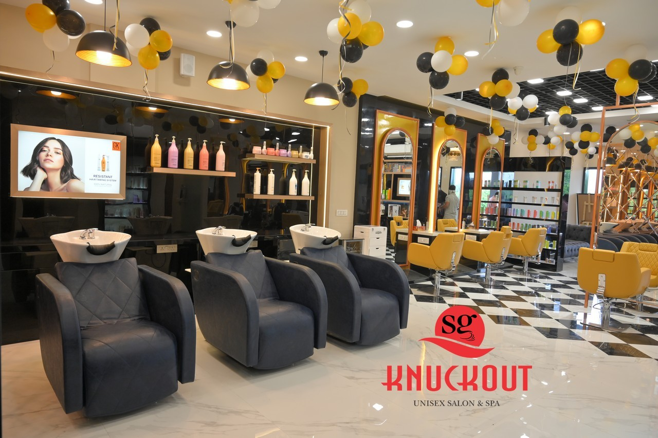 Knuckout Panchkula:Get Bikni Wax Rs.499 Worth Rs.800