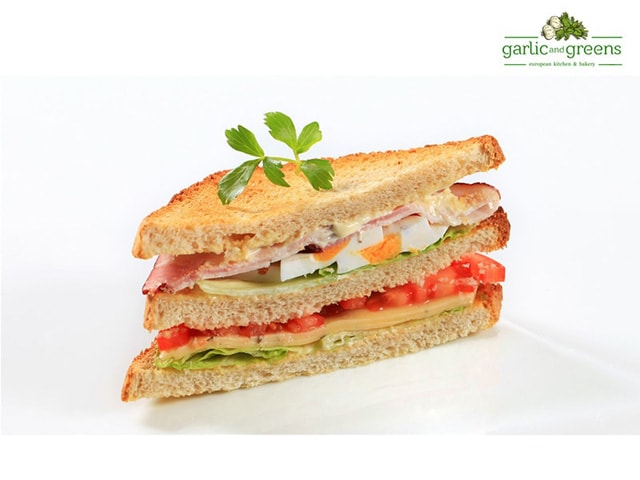 Garlic And Greens Chandigarh- Enjoy Eating With Our Special Offers On Burgers & Sandwiches