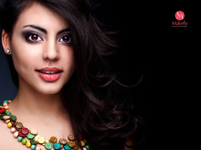 Makefly salon mohali - Party make-up with open styling in Rs.1399 Only