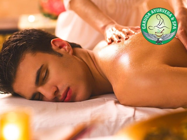 Life Line Spa Chandigarh- Get exclusive discount on Body Massage with Steam & Shower
