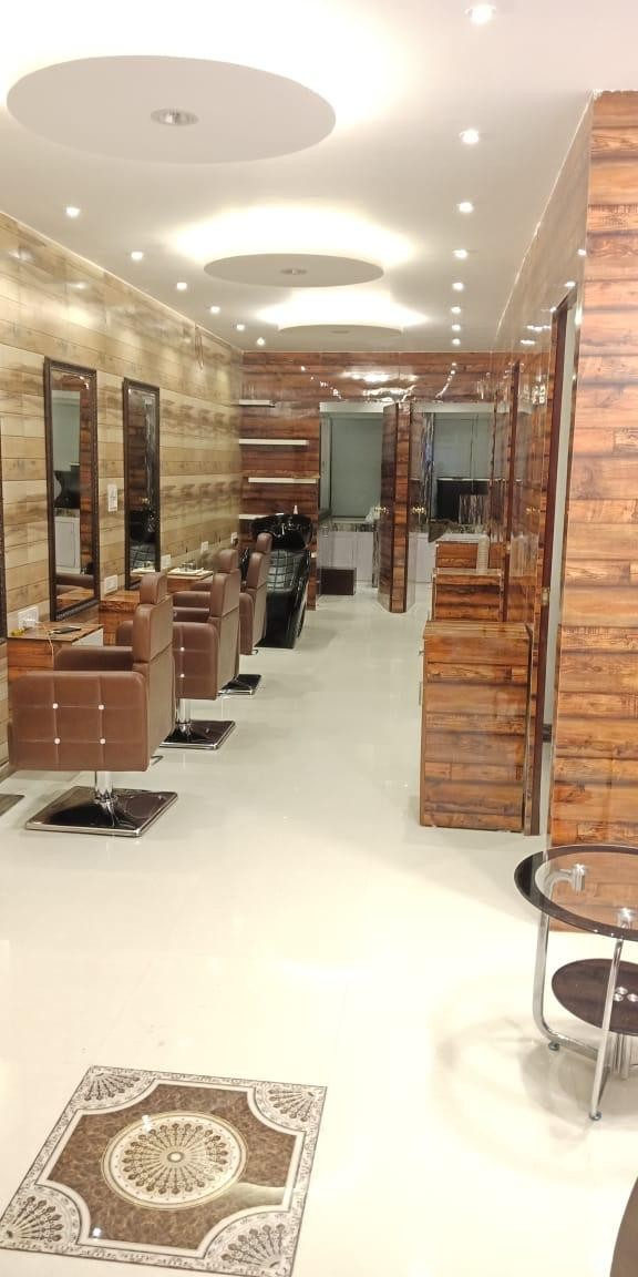 Jukero Unisex Salon Mohali- Get Party Makeup Services in Rs. 1000 Only