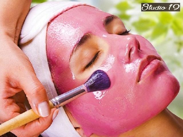 Studio 19 Unisex Salon- Get 9 Beauty Services in Rs.1500