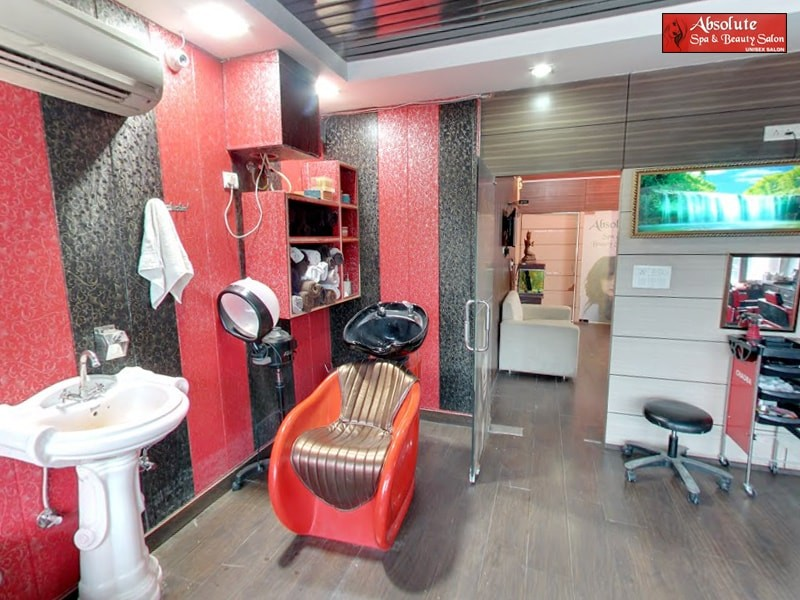 Live unisex salon chandigarh get hair cut hair wash for Absolute beauty salon